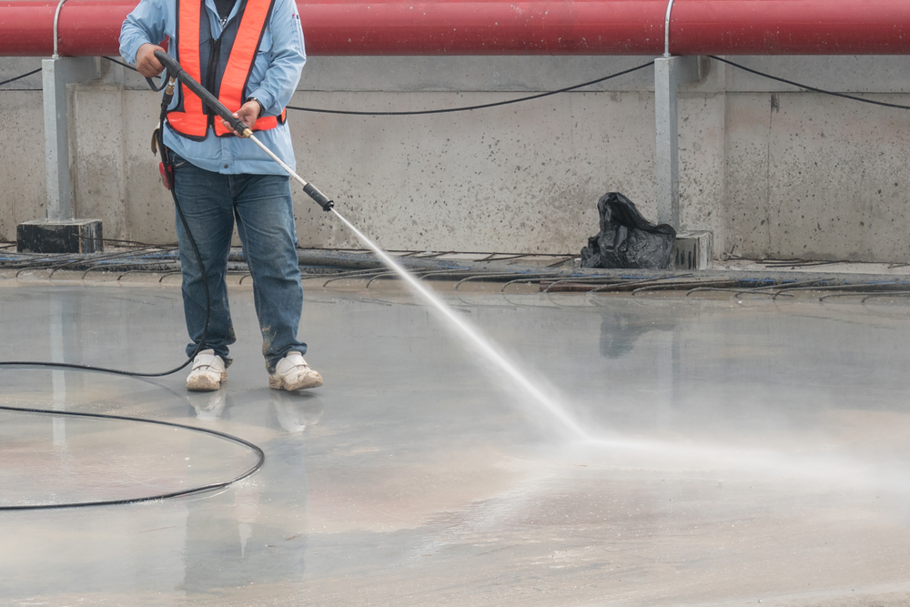 Construction worksites cleaning services