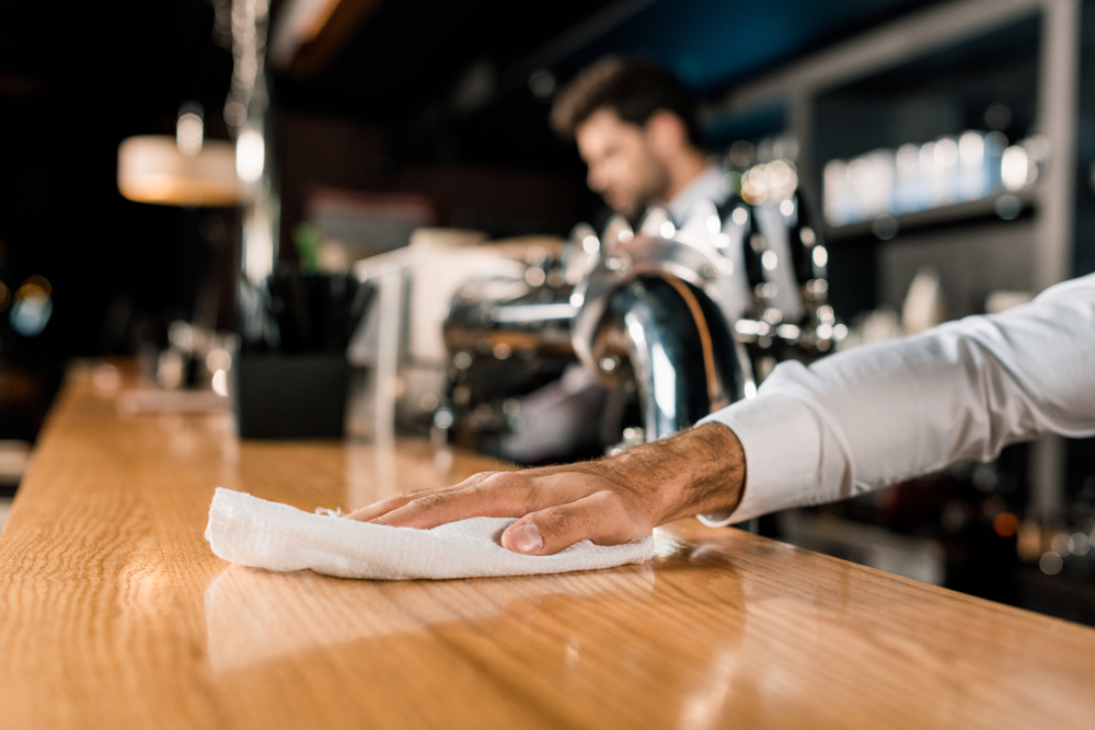 Pub & bar cleaning services