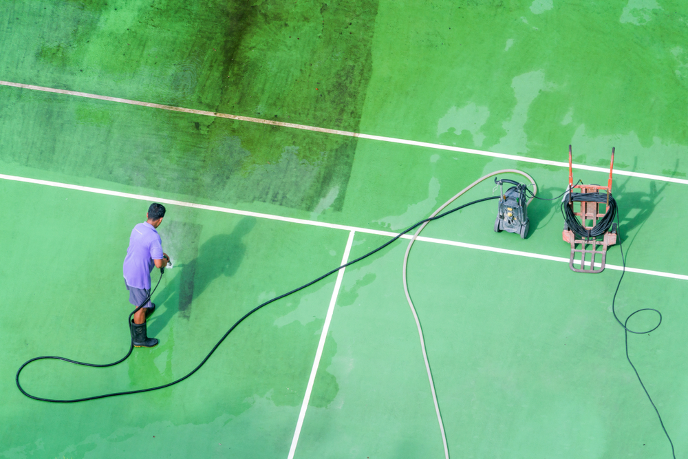 Tennis court cleaning services